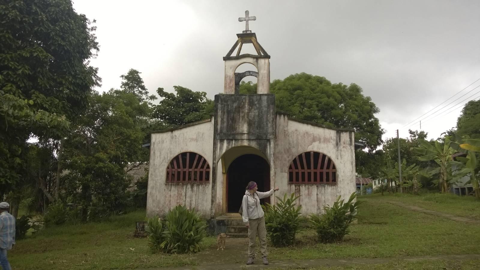 Colombia-amazonia-church-chiesa-boat-trip