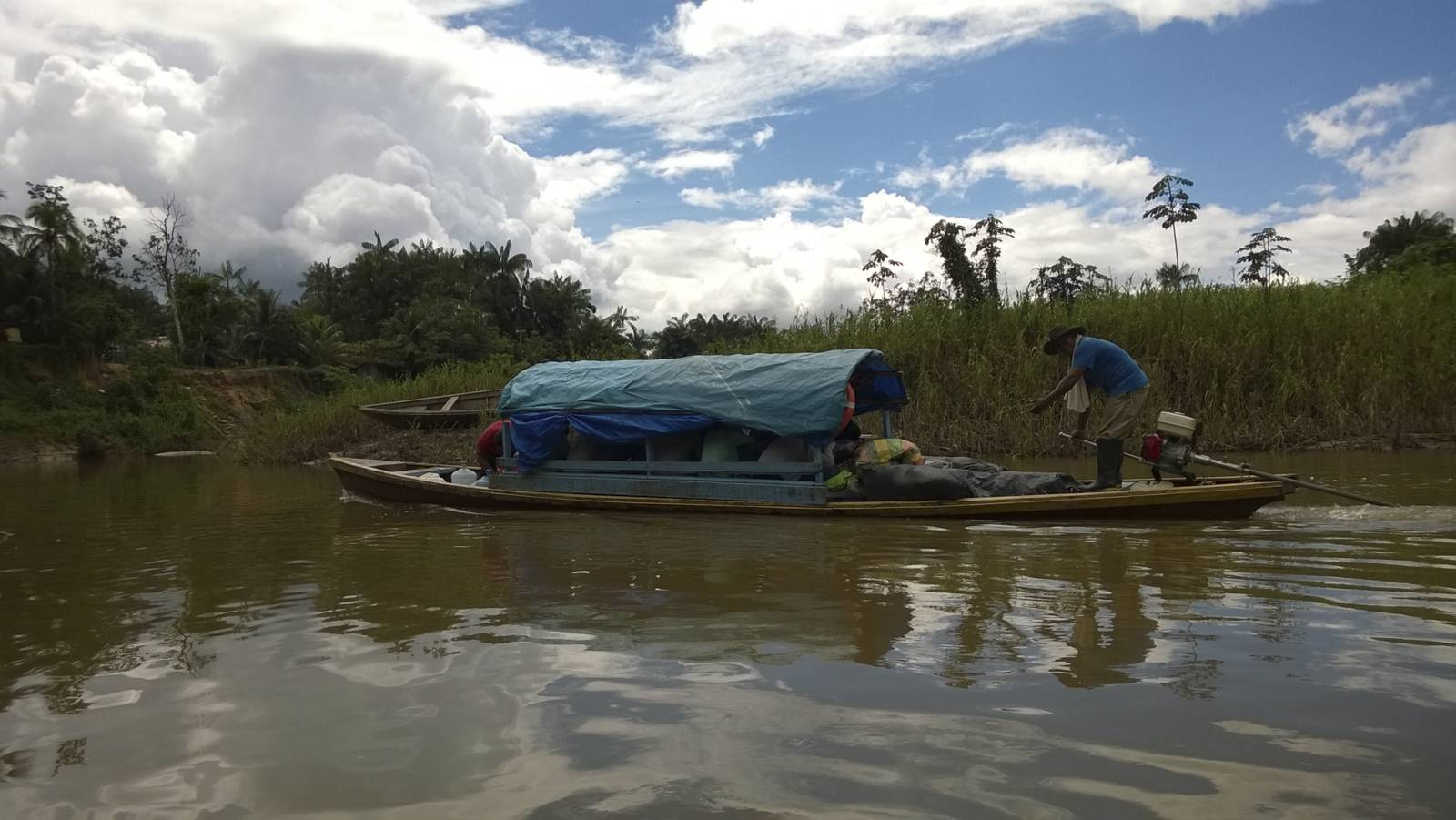Colombia-amazonia-water-taxi-boat-trip