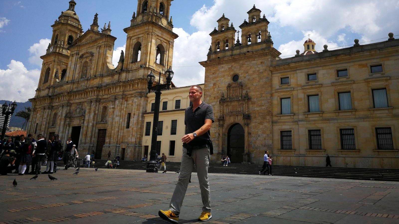 Colombia-bogota-piazza-bolivar