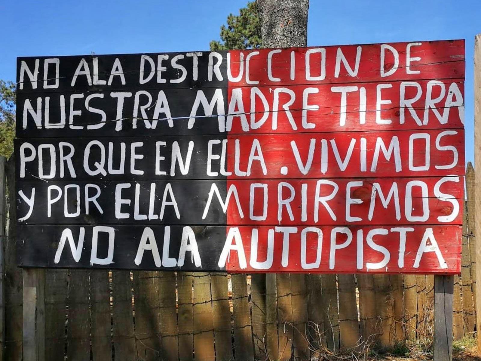Messico-mexico-madre-tierra-zapata-no-alla-destruccion-de-nuestra-madre-tierra