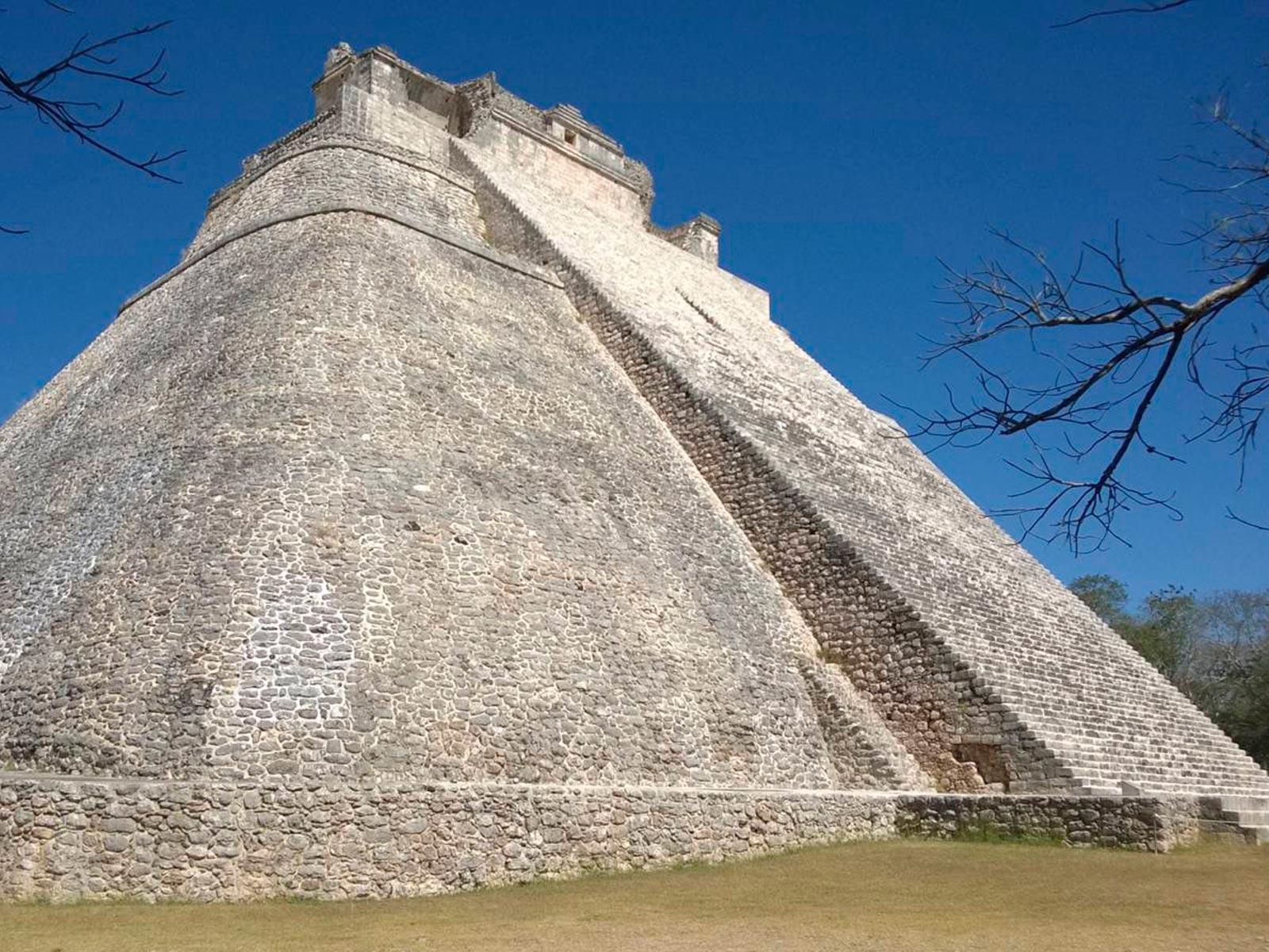 Messico-mexico-piramide-maya-calakmul