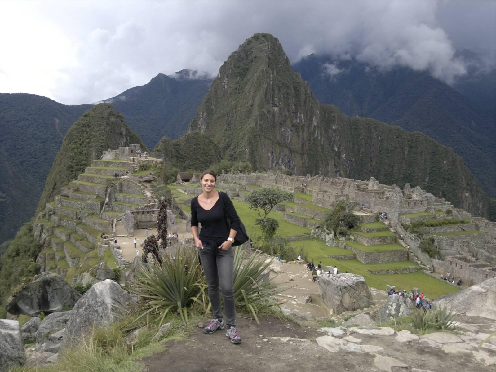 Peru-machu-picchu-intihuatana